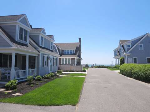 Just 100 yards to the sandy beach of Wyndemere Bluffs! - 5 Sea Breeze Avenue Harwich Port Cape Cod - New England Vacation Rentals