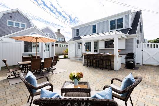 Outdoor Cape Cod space at it's best! 5 Sea Breeze Avenue Harwich Port Cape Cod - New England Vacation Rentals