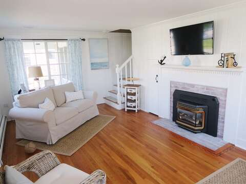 Flat Screen TV and WIFI available- 5 Sea Breeze Avenue Harwich Port Cape Cod - New England Vacation Rentals