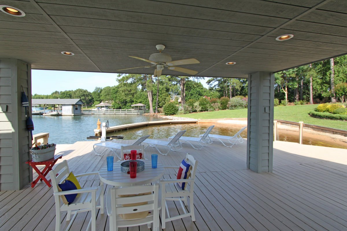 Covered Patio at the Boathouse