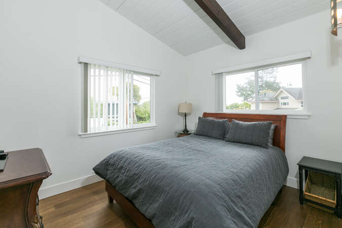 Upstairs bedroom with queen sized bed