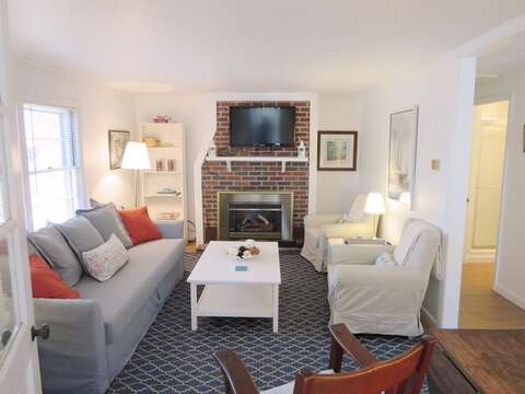 Coastal cottage. Living room - 41 Whip O Will Harwich Cape Cod - New England Vacation Rentals