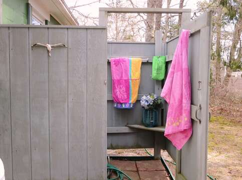 Outdoor Shower Hot and Cold water - 41 Whip O Will  Harwich Cape Cod - New England Vacation Rentals