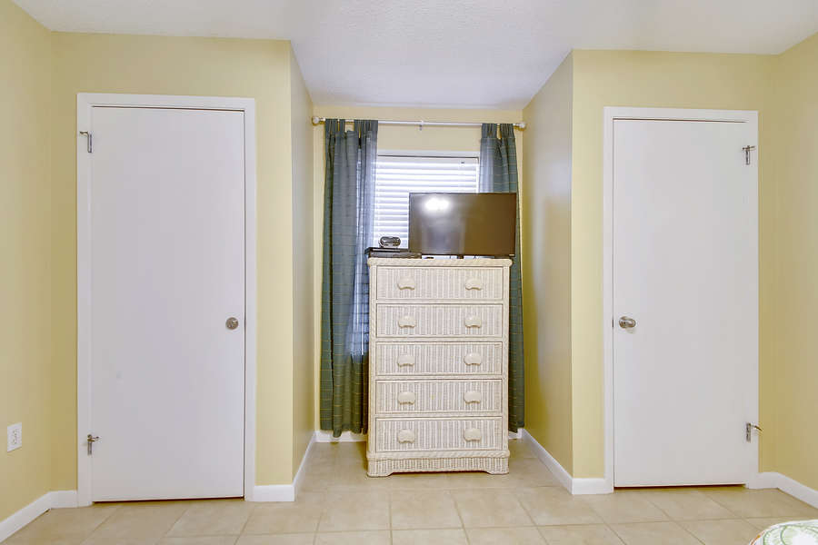 Guest Room with 2 Full Size Beds and a Private Bath