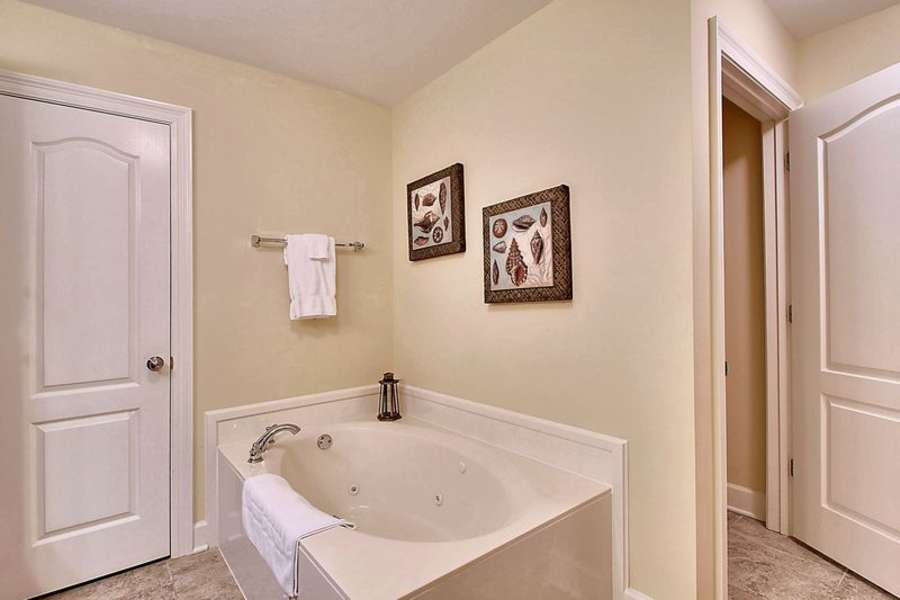 Private Master Bath with Jetted Tub