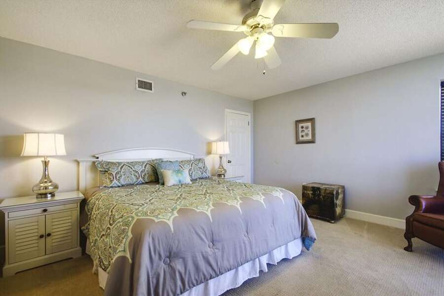 Master Bedroom with King Size Bed and Private En-Suite Bathroom
