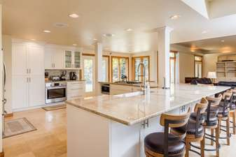 Large, fully equipped, and beautifully renovated kitchen