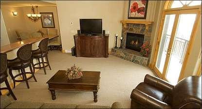 Bear Creek Lodge 412 (213867-6388)
