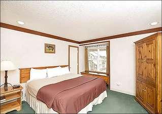 Mountainside Inn #122 (213924-6452)