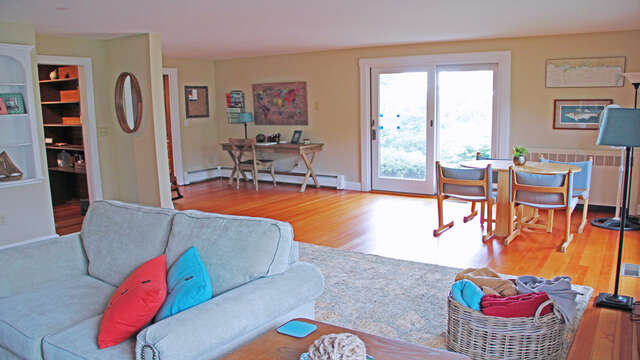 Desk area to work at or side table for your favorite board game! 160 Long Pond Drive Harwich Cape Cod - New England Vacation Rentals