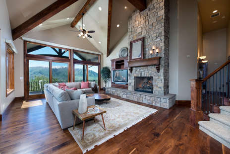 Large Entertaining Area with 180 Degree Views
