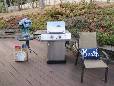 Gas and charcoal grill for your outdoor dining pleasure - 180 Hardings Beach Road Chatham Cape Cod - New England Vacation Rentals