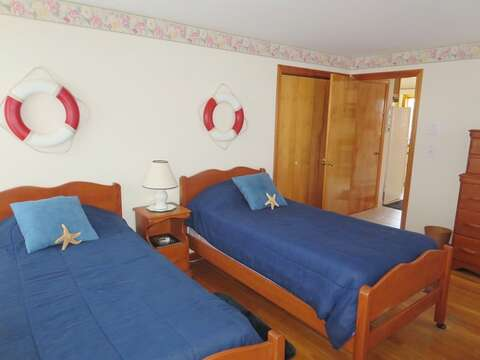 First floor bedroom - 2 twins -a/c unit- 180 Hardings Beach Road Chatham Cape Cod - New England Vacation Rentals