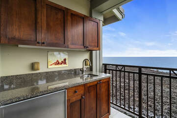 Main lanai with wet bar, complete with sink and fridge.