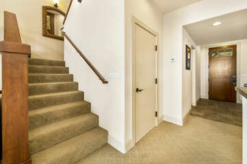 Entry/Stairs to bedrooms