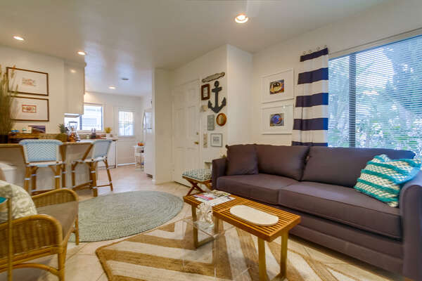 Beach Decor and Plenty of Seating in the Living Room