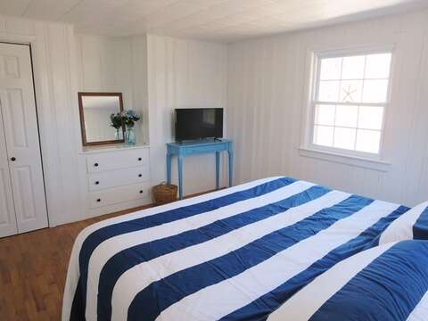Bedroom #3 plenty of room to stretch out and relax along with a King bed and flat screen TV - 44 Cranberry Way Chatham Cape Cod - New England Vacation Rentals