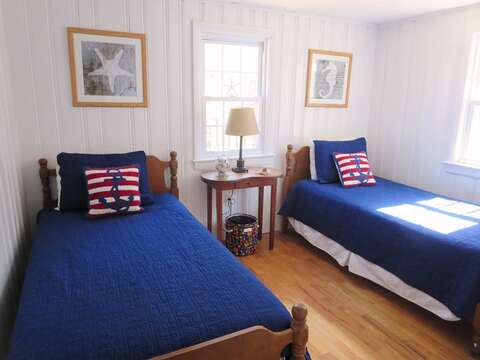 Bedroom #2 has 2 Twin beds - 44 Cranberry Way Chatham Cape Cod - New England Vacation Rentals