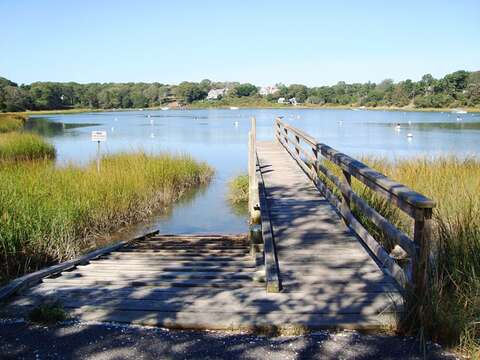 Taylor's Pond dock, accessible for public use is just 0.4 mile away! - Chatham Cape Cod - New England Vacation Rentals