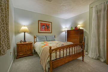 Bedroom with nightstand and dresser
