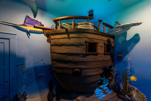 With the under the sea theme, all the kids will have fun in this room.