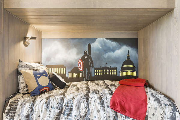 The little ones will love all the details in their bedroom.
