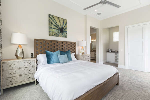 Master Suite 4 with king size bed and en-suite bathroom.