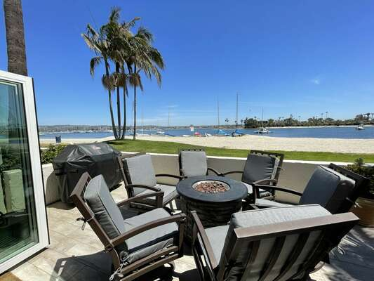 Beautiful day on the bay! - Grill on patio