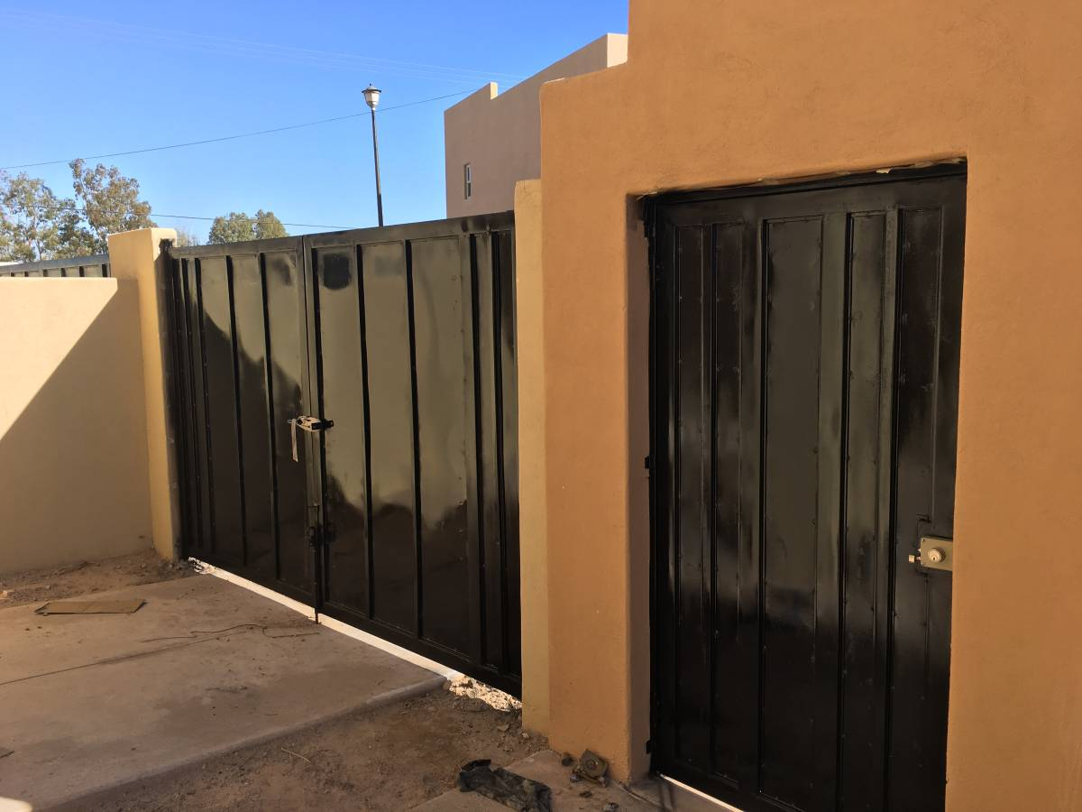 Secured Entry Gate Door