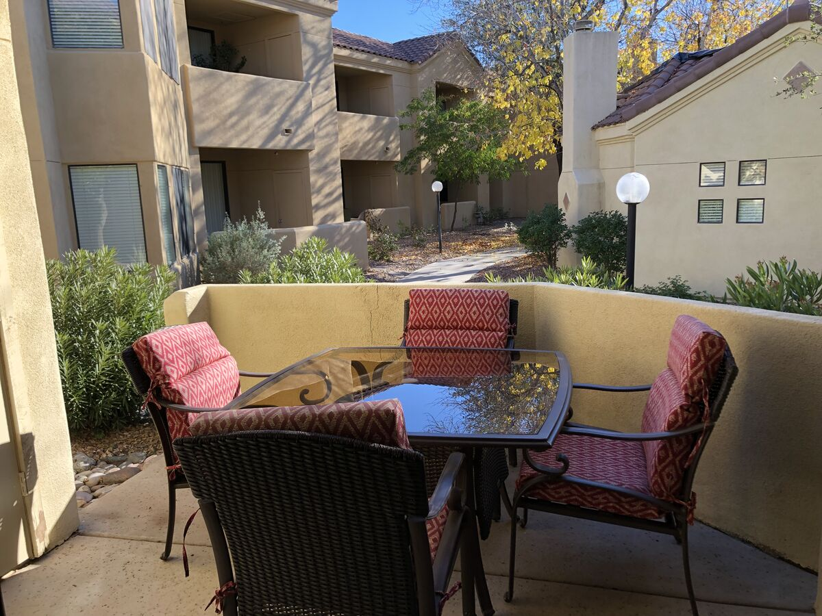 Private Patio - New Patio Table and Chairs