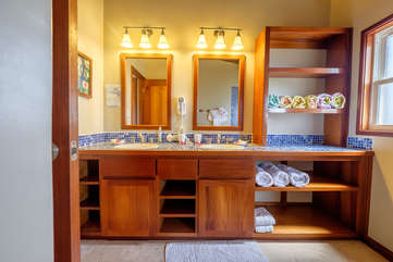 Indigo Belize 1C Master Bathroom Beach Front View