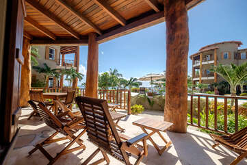 Indigo Belize 4A Beach Front Living Deck