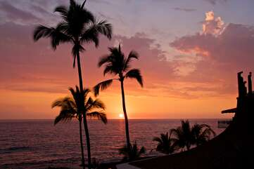Gorgeous Sunsets with Views from our Kona Rental