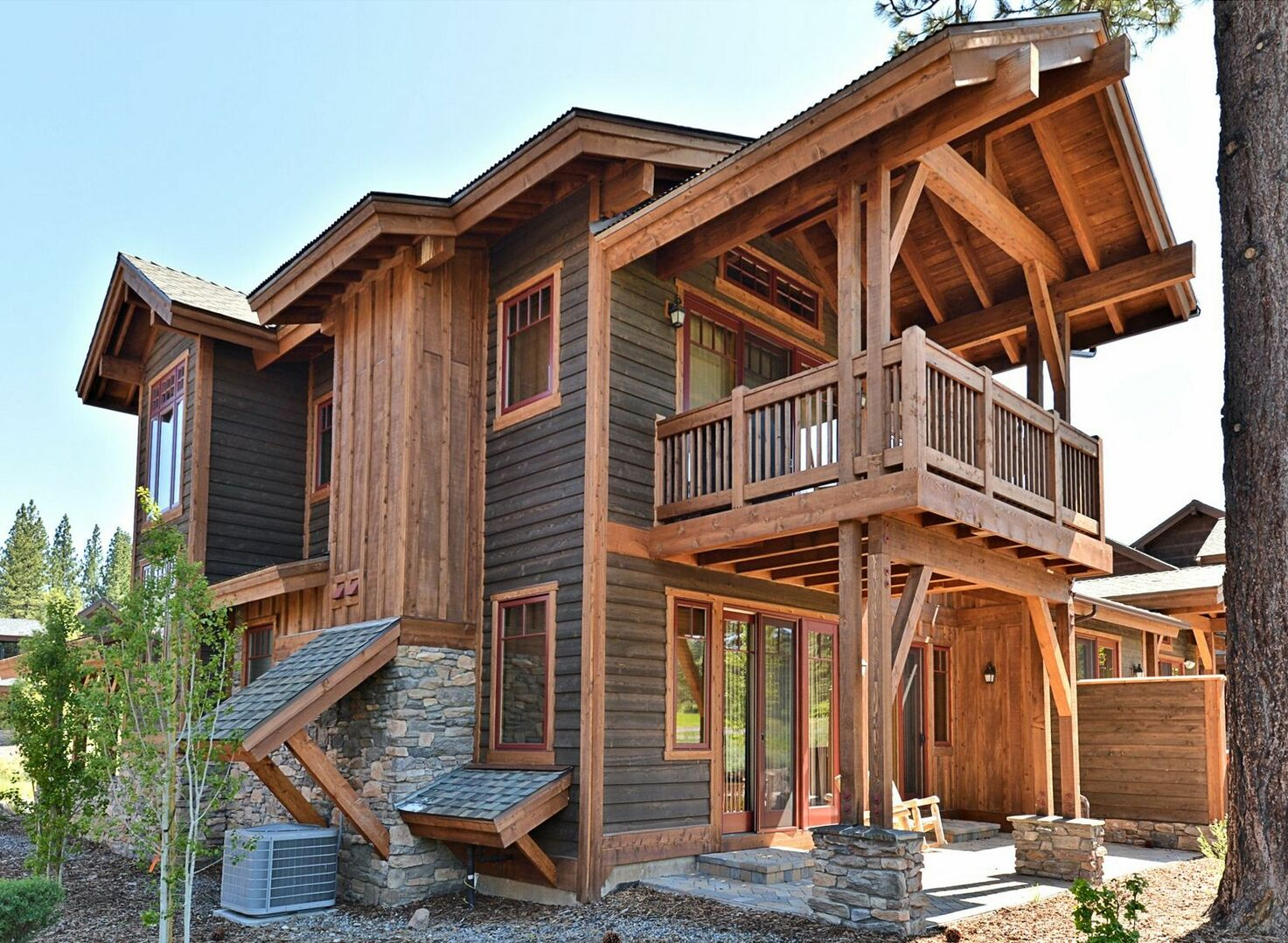 An Image of the Side of Vacation Rental in Truckee CA.
