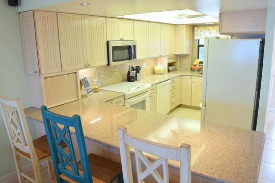 Luxurious and fully equipped kitchen