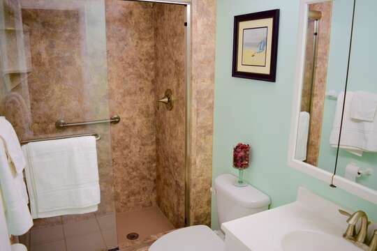 Bright and updated bathrooms