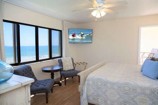 Master bedroom with a walkout balcony directly facing the ocean. Large ensuite bathroom!