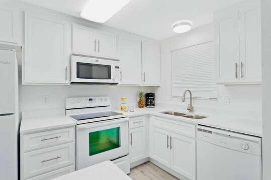Bright and brand new kitchen