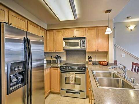 Kitchen with Stainless Steel Appliances in our Ko Olina Hillside Villa