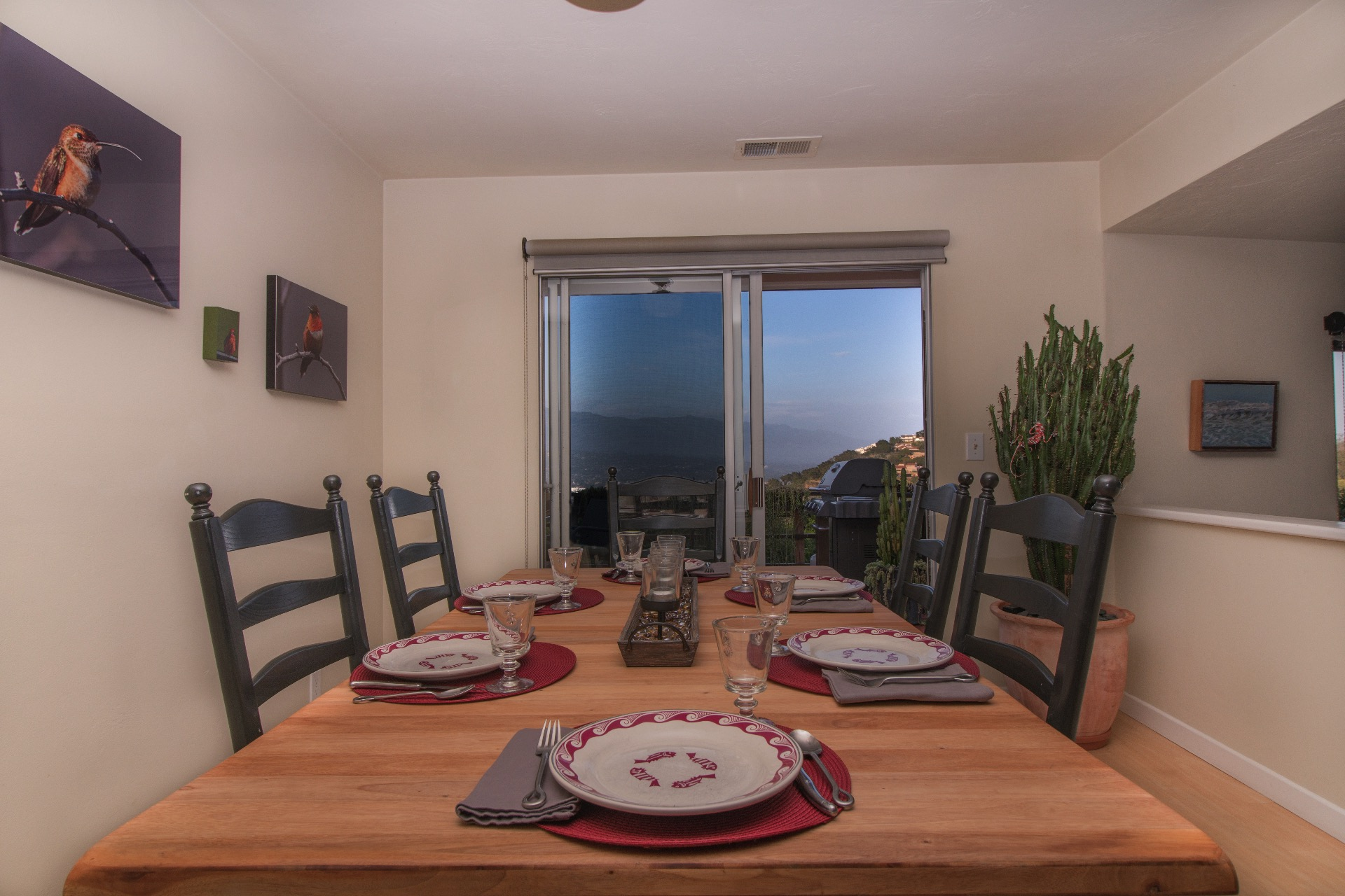 Dining area with views and seating for 6