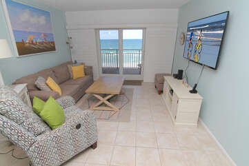 Recently redecorated oceanfront living room!