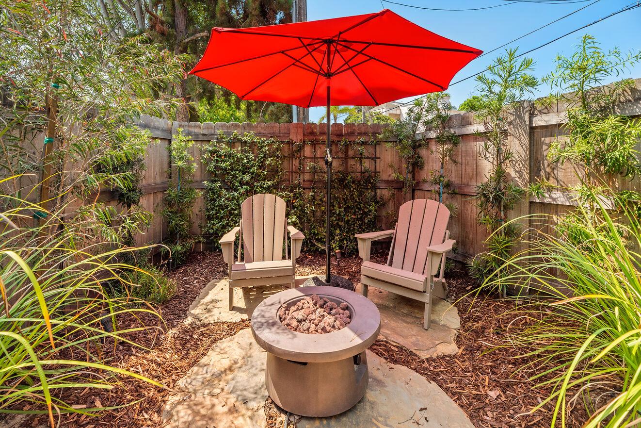 Enjoy the private yard & ocean breeze