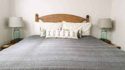D101 King Size Bed