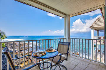 Oceanfront Lanai with Seating for 2