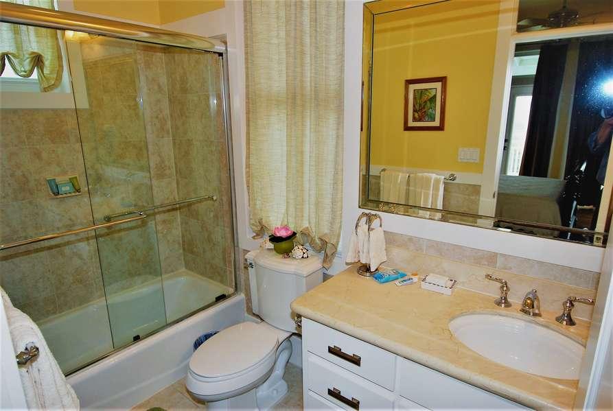 3rd Bathroom3rd Floor