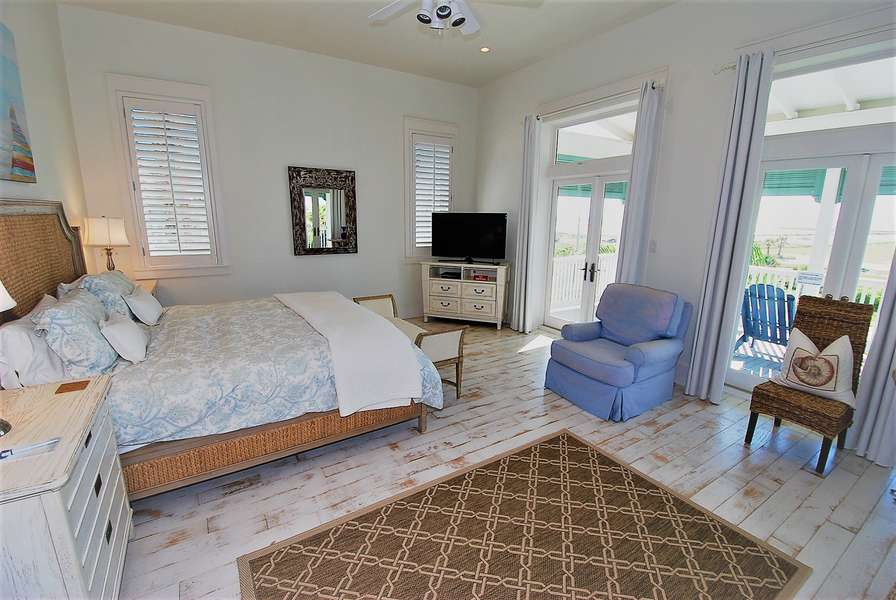 Master Bedroom; King Size Bed & Twin Size Day Bed Located on the 3rd Floor