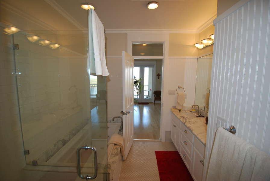 Master Bathroom 3rd Floor