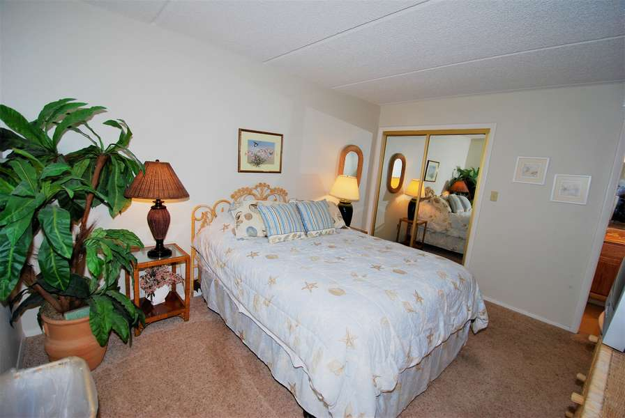 2nd Bedroom; Queen Bed, Attached Bathroom