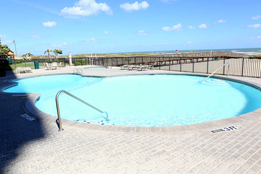 Ocean Vista Pool & Hot Tub