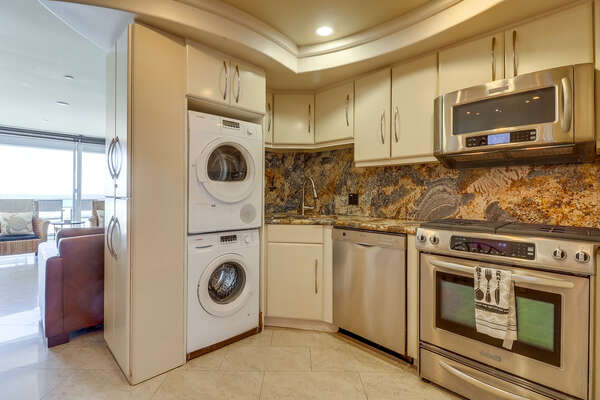 Kitchen with Stacked Washer/Dryer